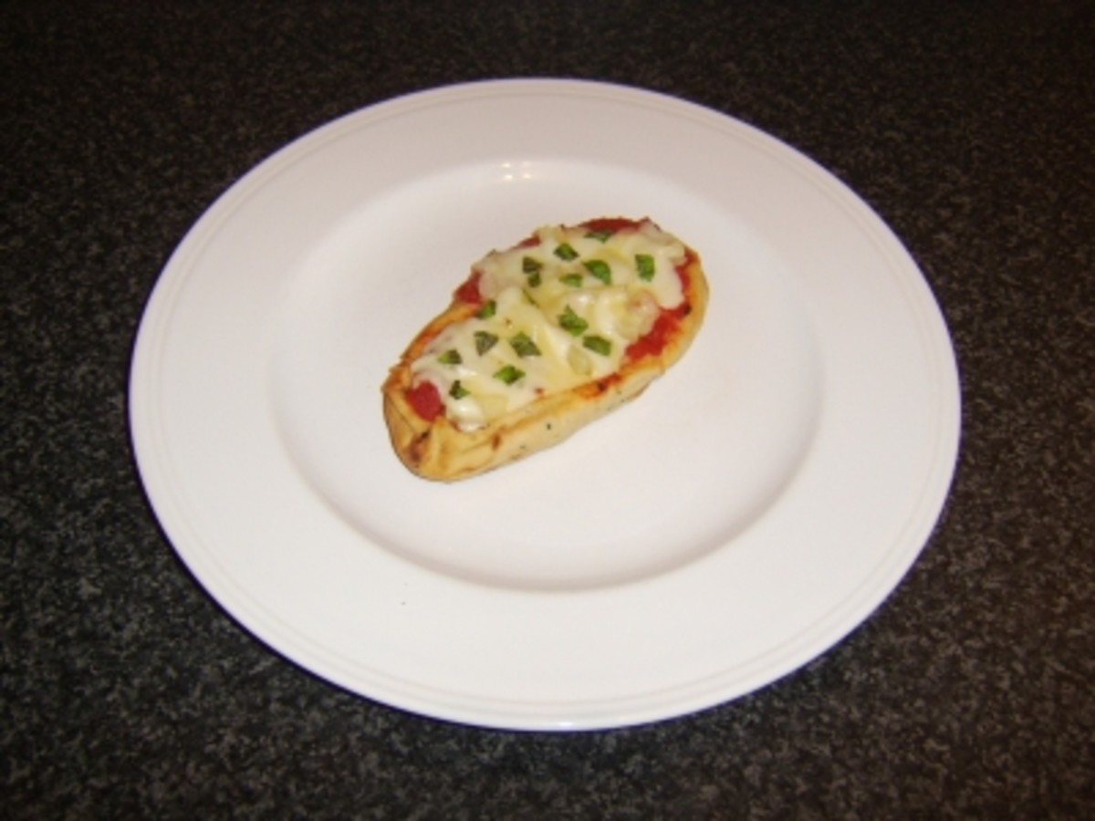 Prawn (or Shrimp) and Pineapple Mini Naan Bread Pizza