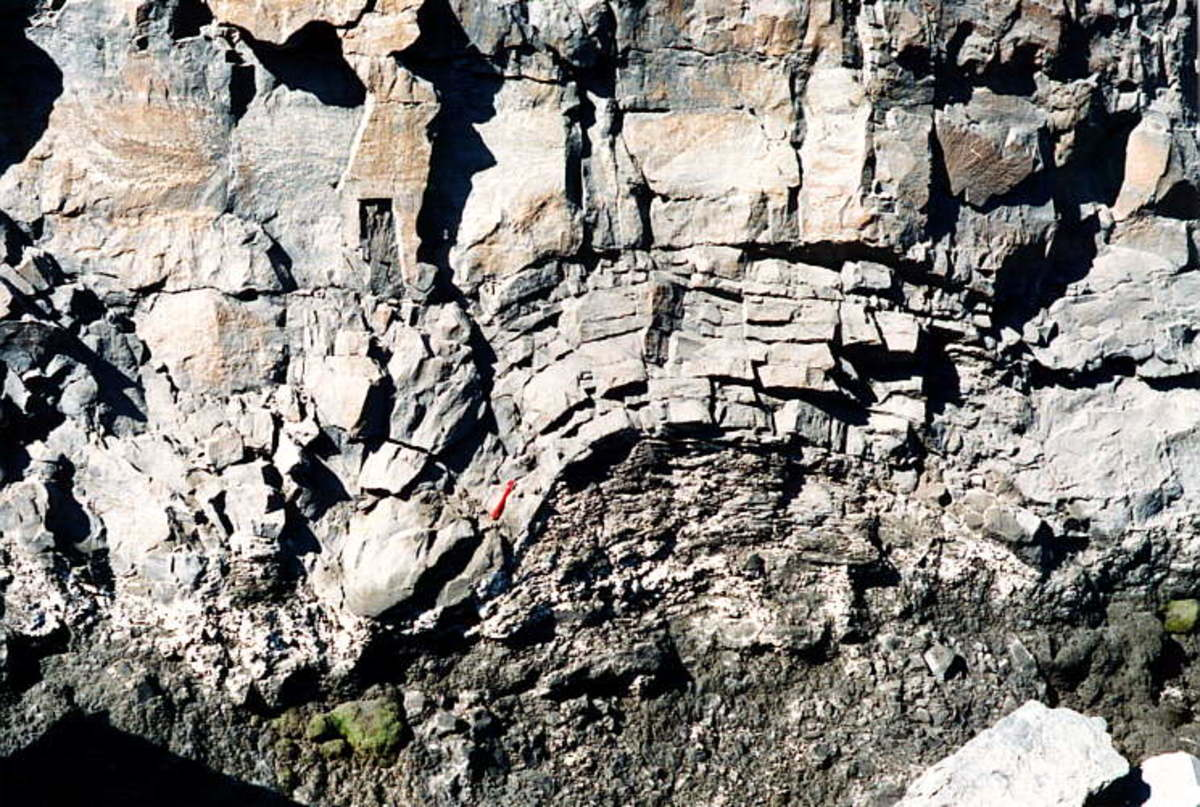 Stromatolitic structures in the Transvaal dolomites, Pering open pit
