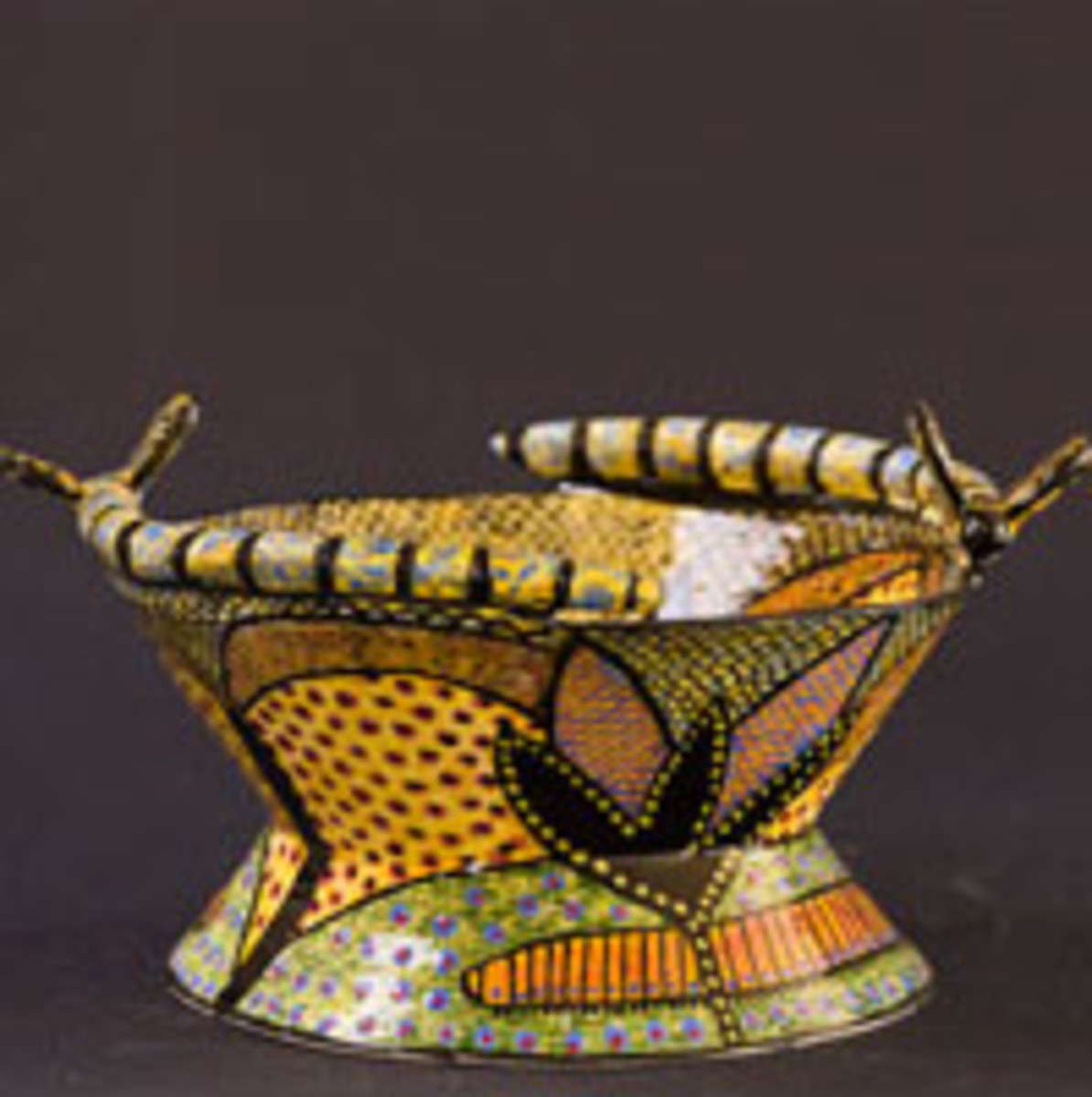 Vibrant Zulu ceramic ware and domestic cultural decorative tradition