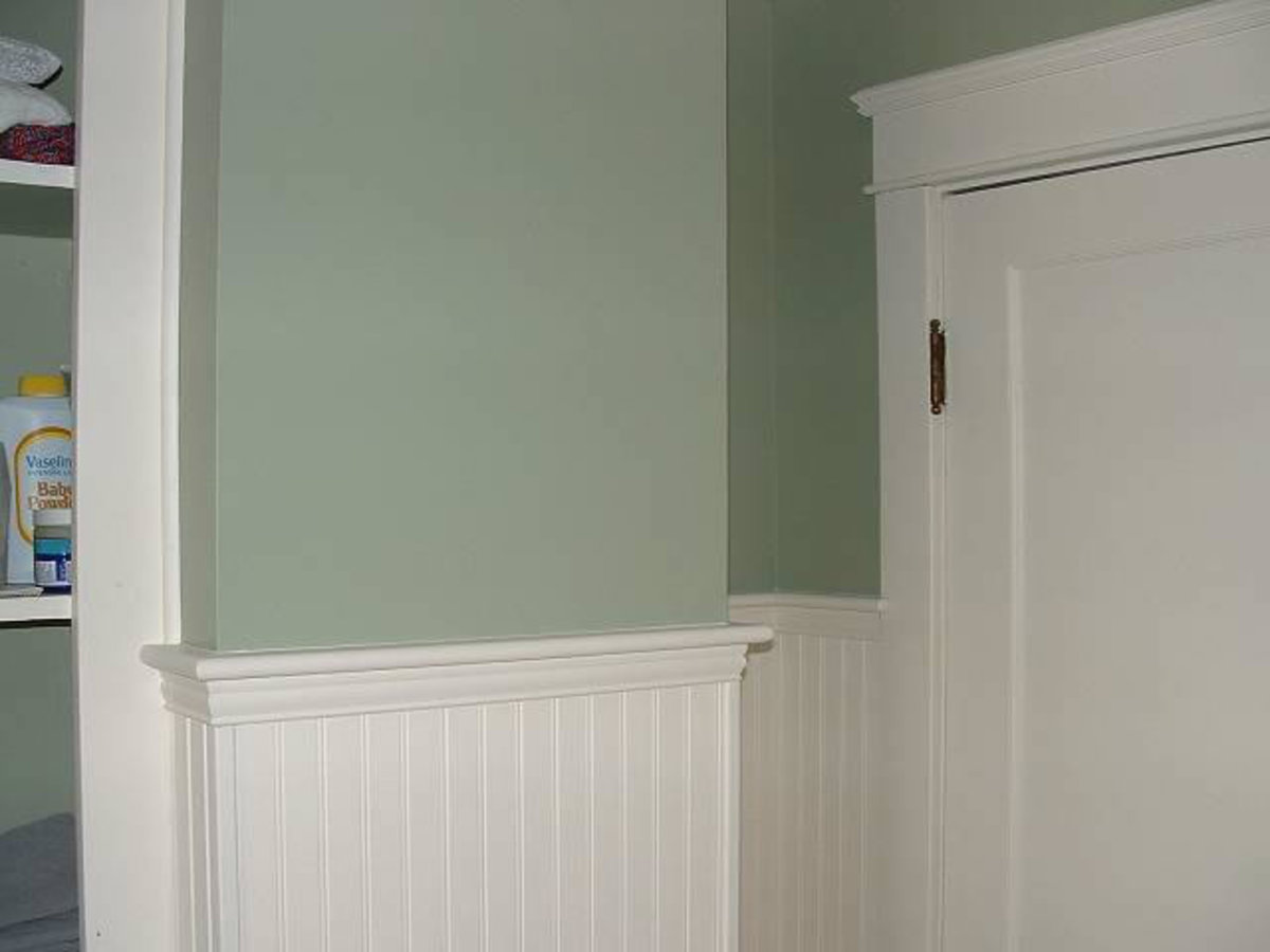 Home Improvements - Chair Rail Wainscot Molding | HubPages