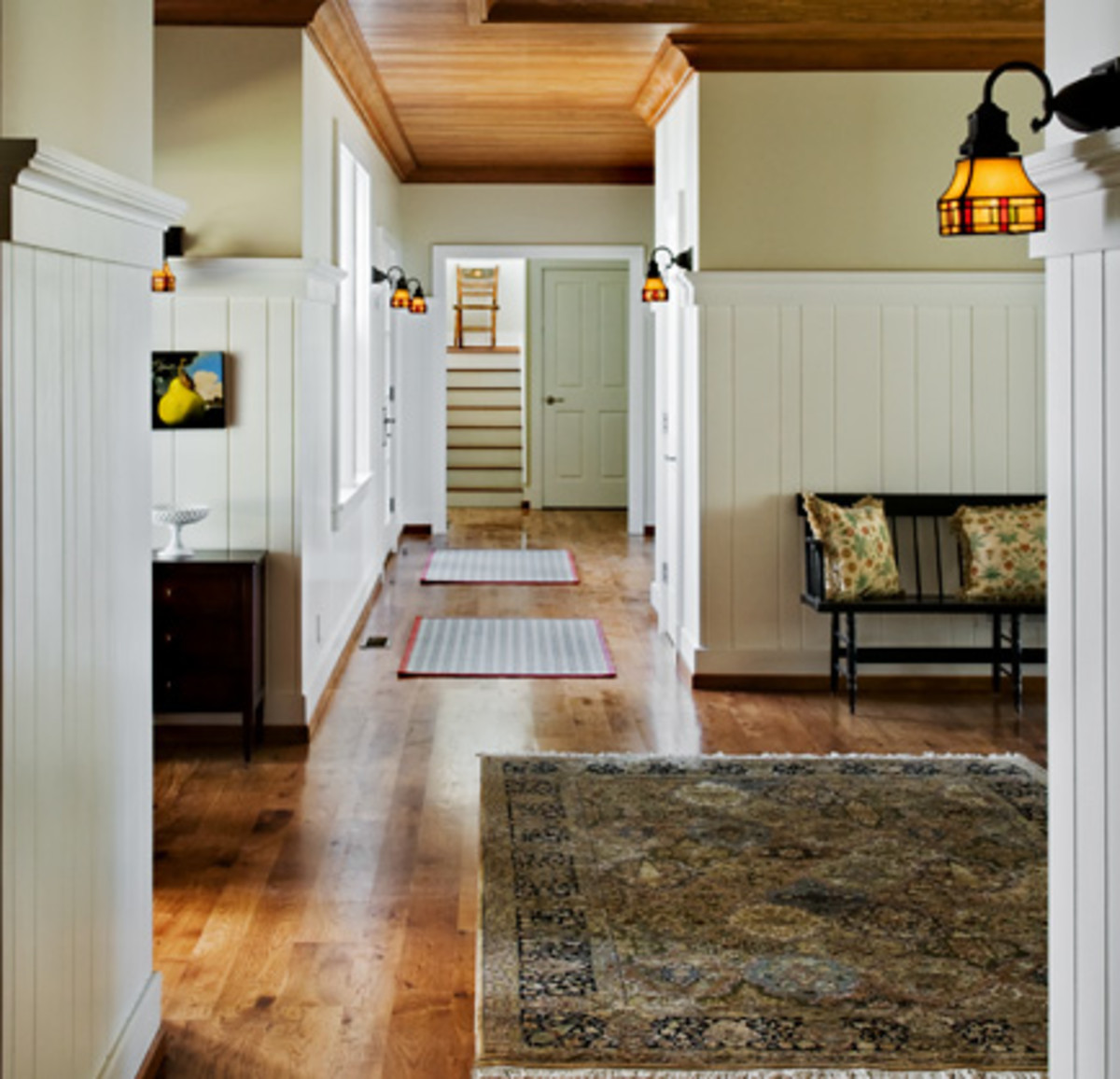 Walls with cape cod beadboard