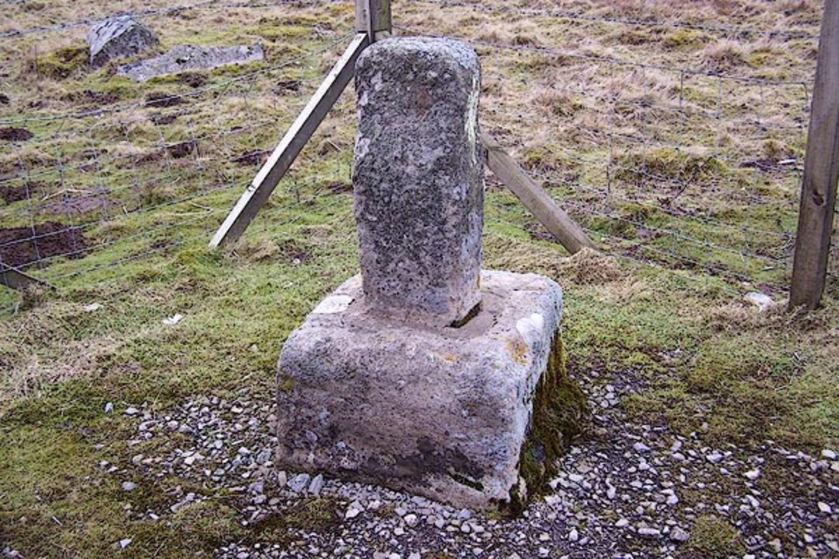Rey Cross on Stainmore in legend is where King Eirik Haraldsson, 'Blood-axe', was slain, his small army outnumbered . Eirik's reign over Viking Jorvik (York) was broken in the late 10th Century.