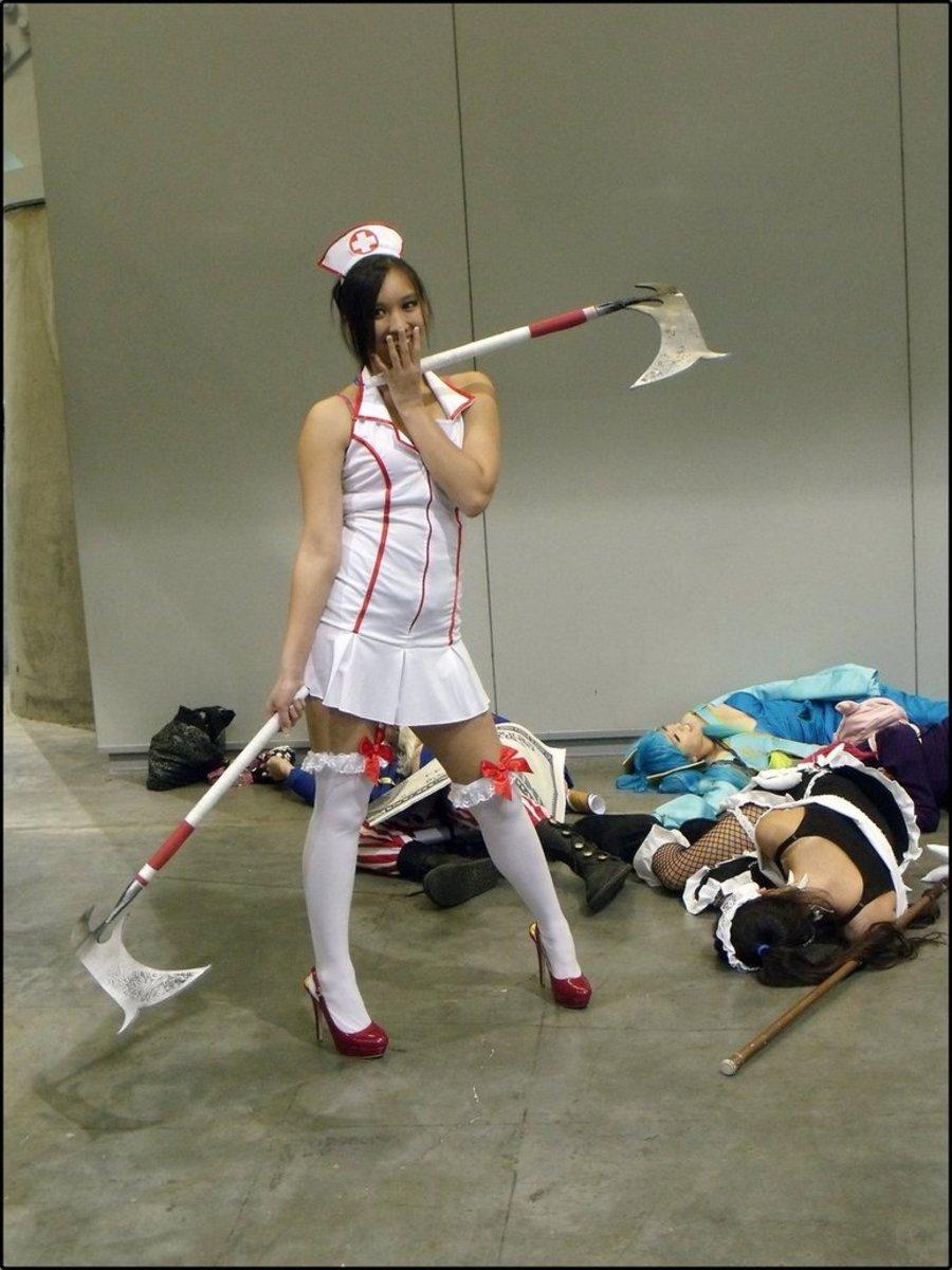 Nurse Akali skin cosplay.