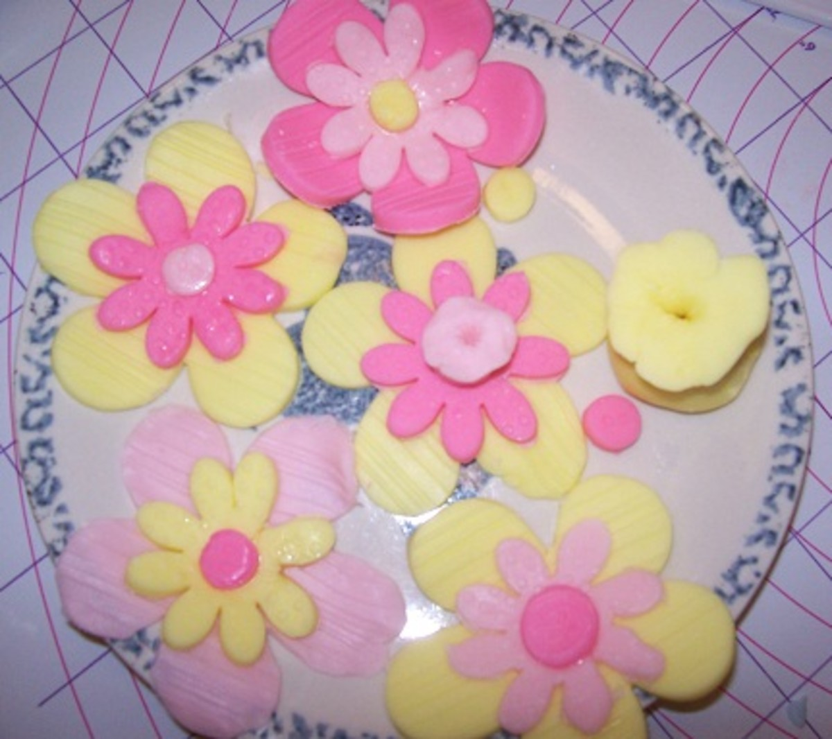 Fondant Cake Decorations: Flowers and Bag of Pixie Dust