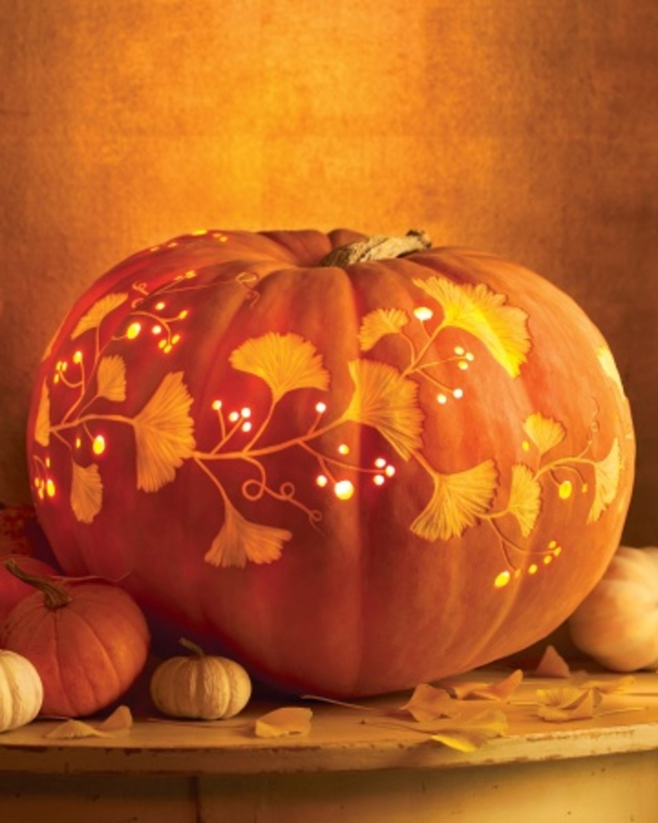 For me this is definitely one of the most beautifully carved pumpkins I've seen and I will definitely have an attempt at this version, if I manage it successfully I will post a photo of it.