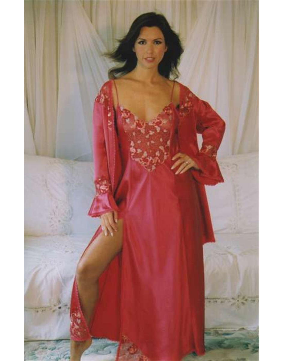 Traditional Long Nightdress in Silk that should pass the Mother in Law Test!