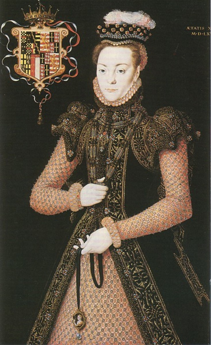 This kirtle or undergown is covered in jewels. the sleeves are stunning to the actual gown and her jewels are fantasical.
