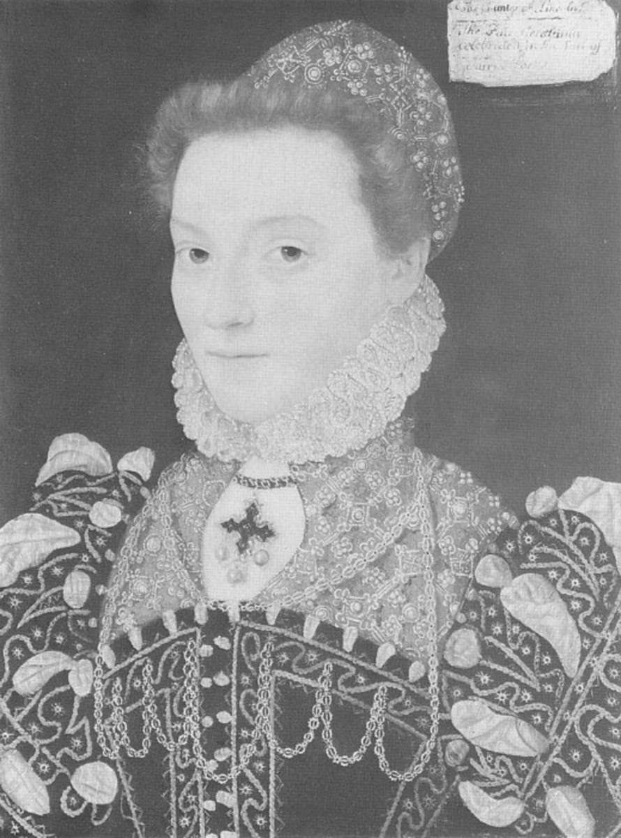 French Gown is very popular during the 1570's Partlets are decorated with pearls and loads of embroidery.
