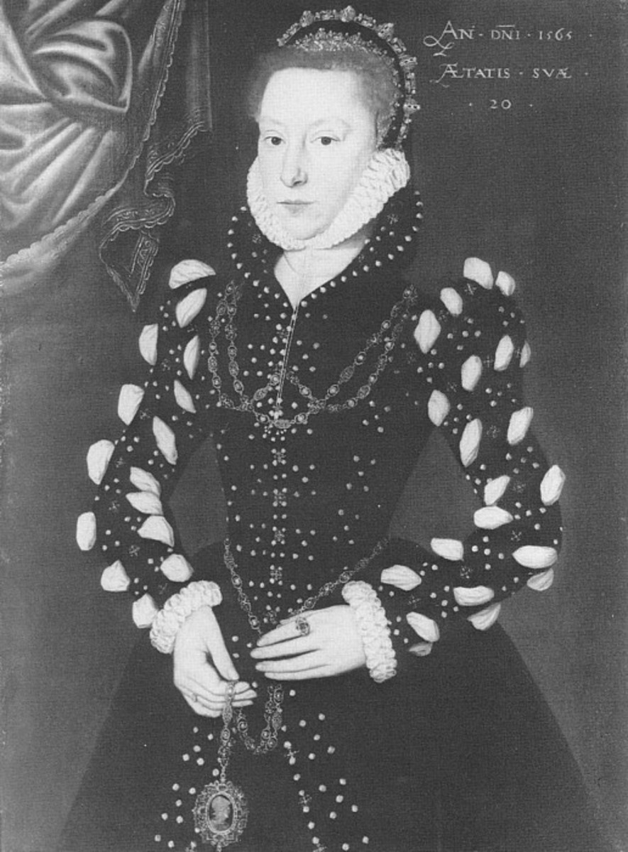Stark gown probably in black velvet, either wool or silk, puffs and slashes with pearls.