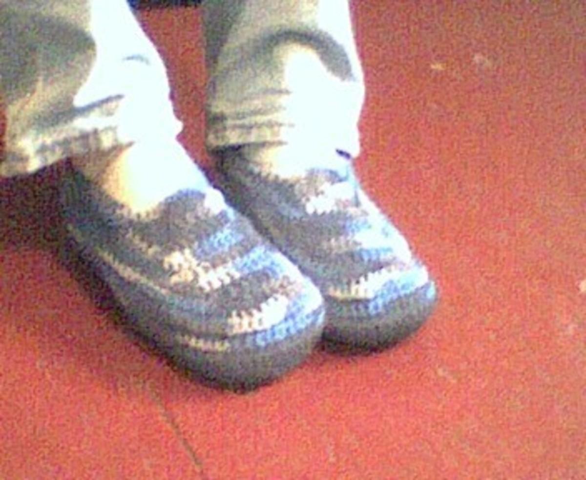 Crochet Men's Padded Slippers