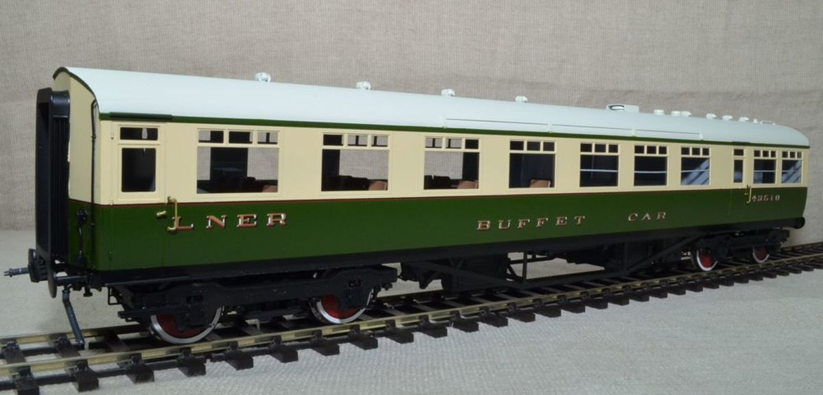 Model LNER Tourist stock Buffet Car.