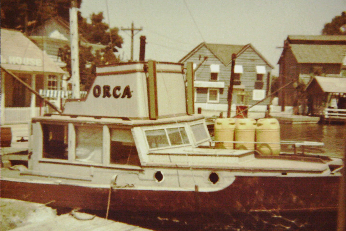 The actual ORCA from JAWS was moved to California and quietly lived out its life on the Universal backlot tram tour. I took this picture on a visit in 1977. Sadly, the vessel was junked in the 90s.