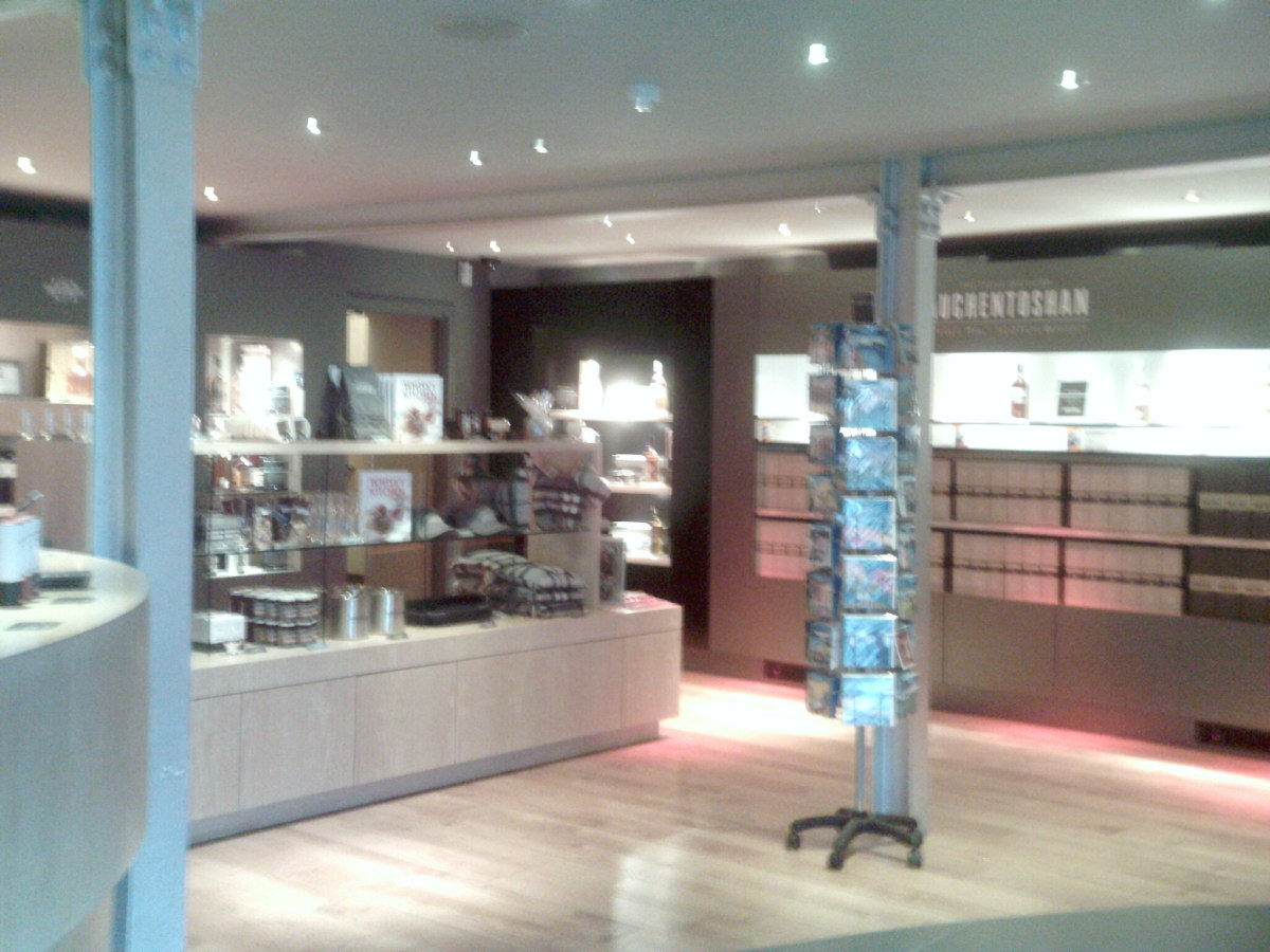 Auchentoshan Distillery Visitor Centre Reception and Shop