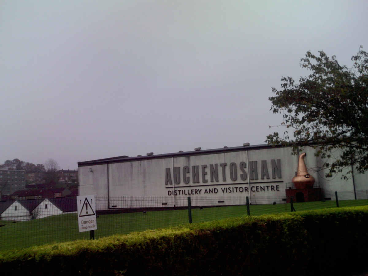 Auchentoshan Whisky Distillery as viewed from the A82 road from Erskine Bridge