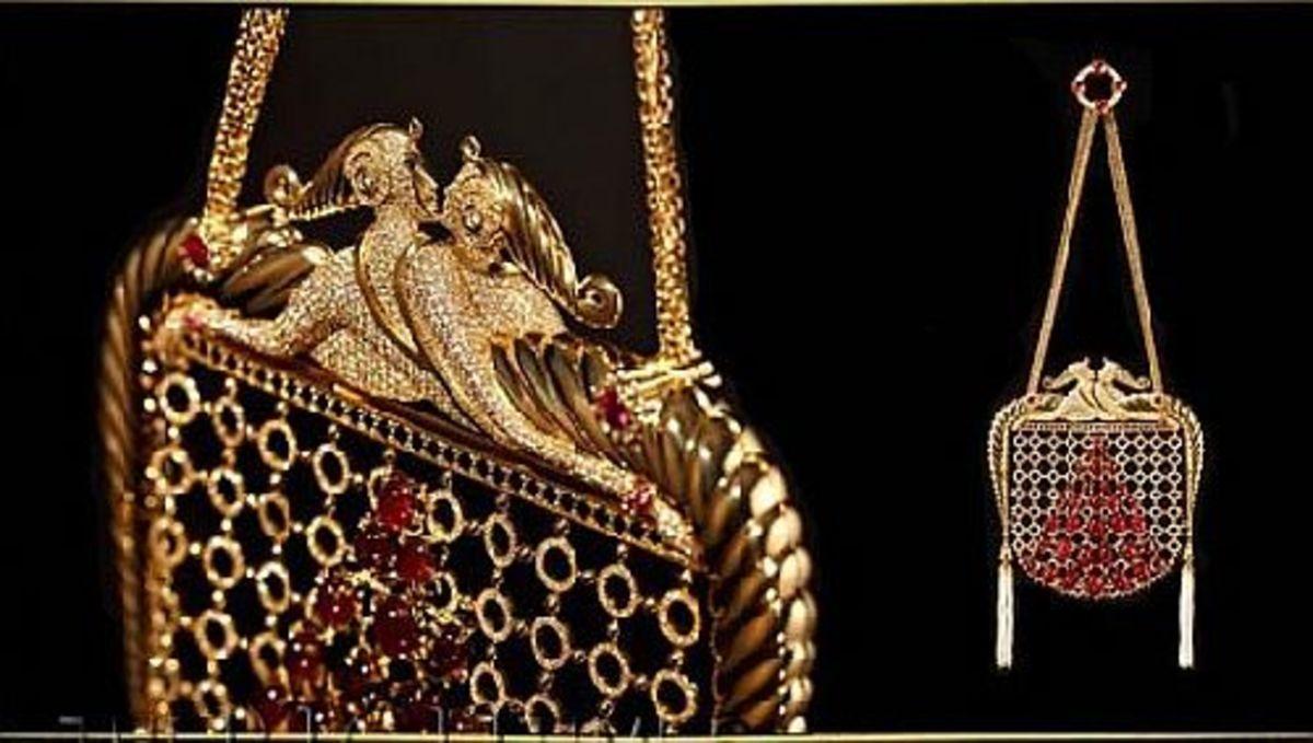 Erté inspired Art deco 1920s style handbag by Stefano Canturi.