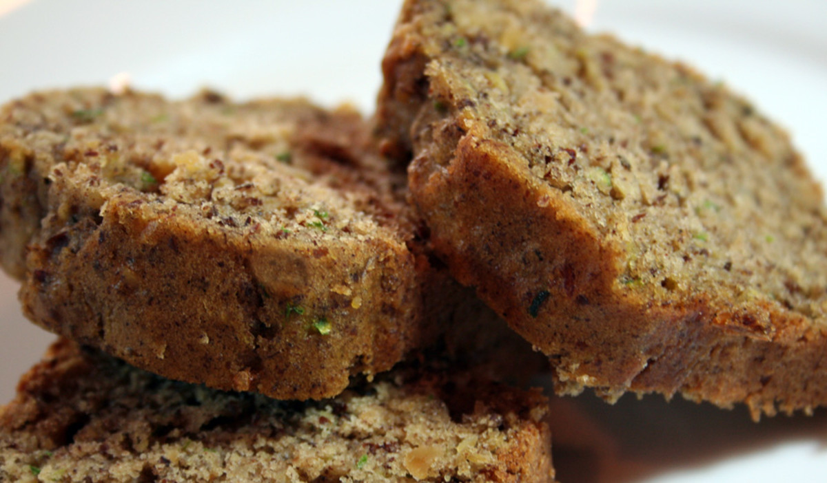 Eileen's AMAZING Zucchini Bread
