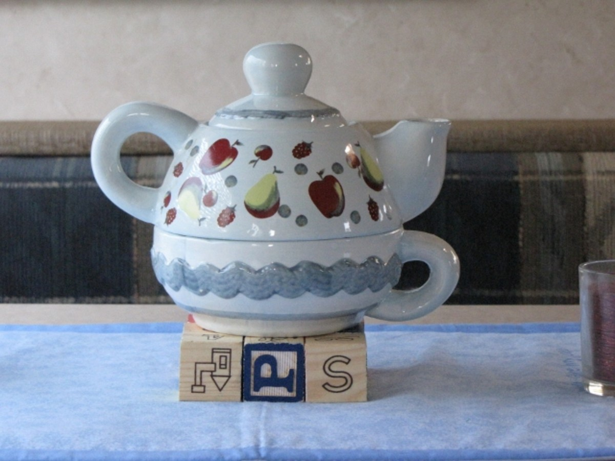 Decorative items can be functional as well. This teapot and cup can be used whenever a patient would like a little spot of tea.