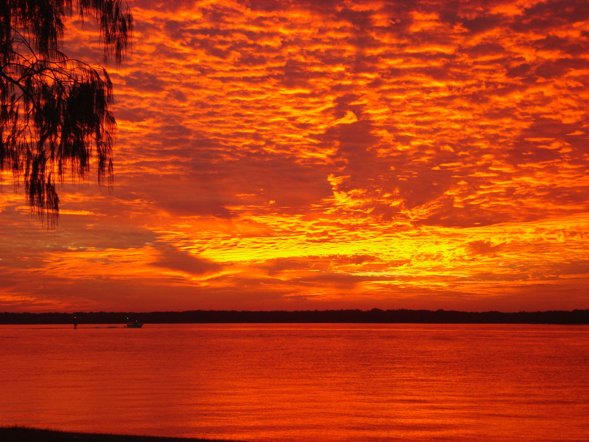 Sunset at Anglers Paradise, Queensland