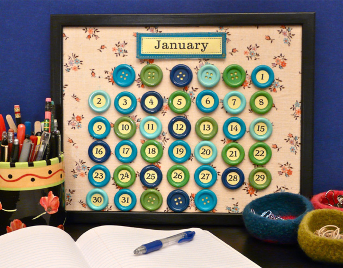 Perpetual Button Calender