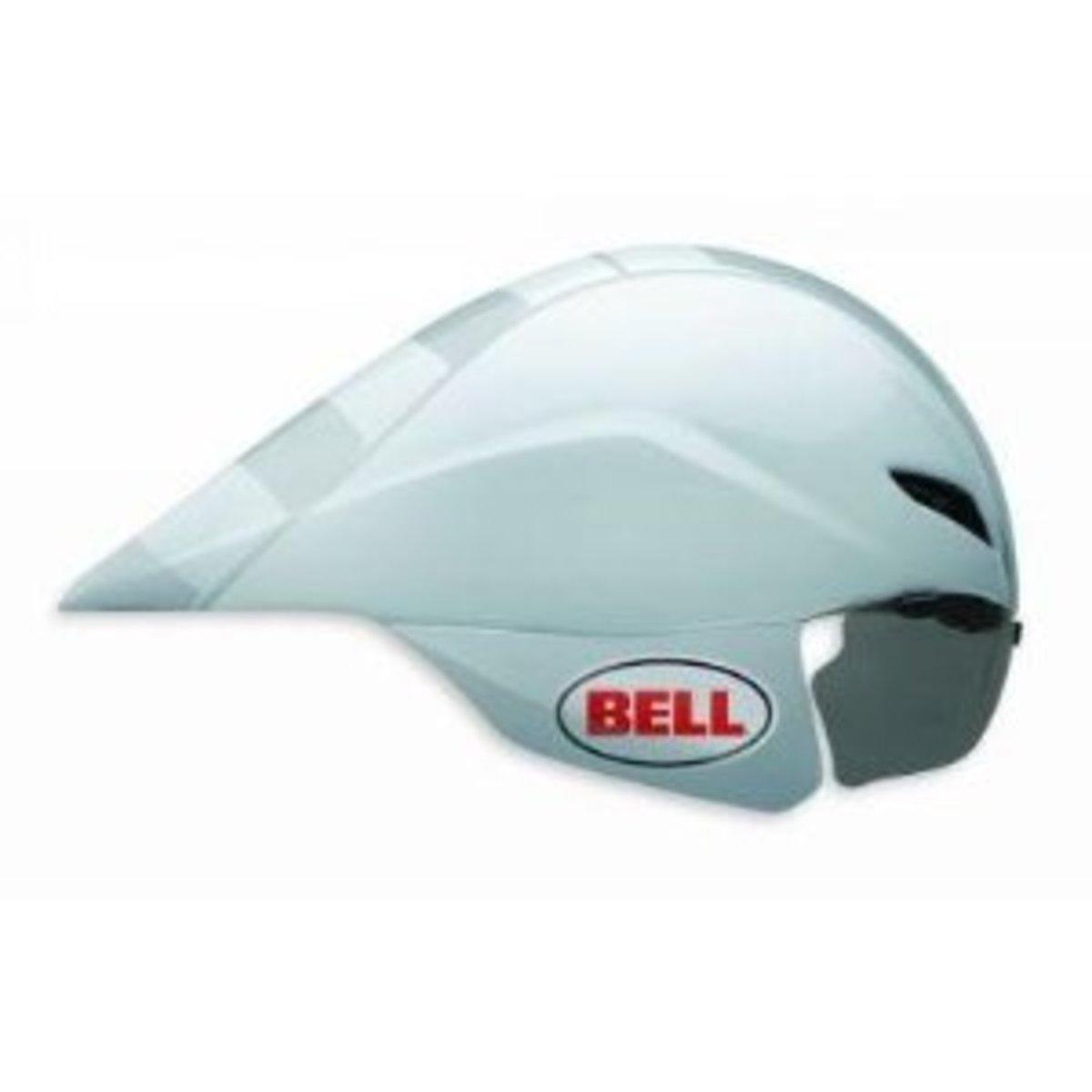 An integrated visor helps with the aerodynamics of the Bell Javelin Aero Helmet