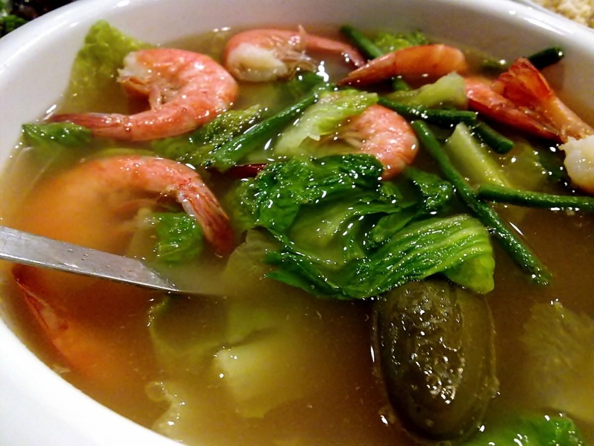 Sinigang sa hipon (sour soup with shrimp)