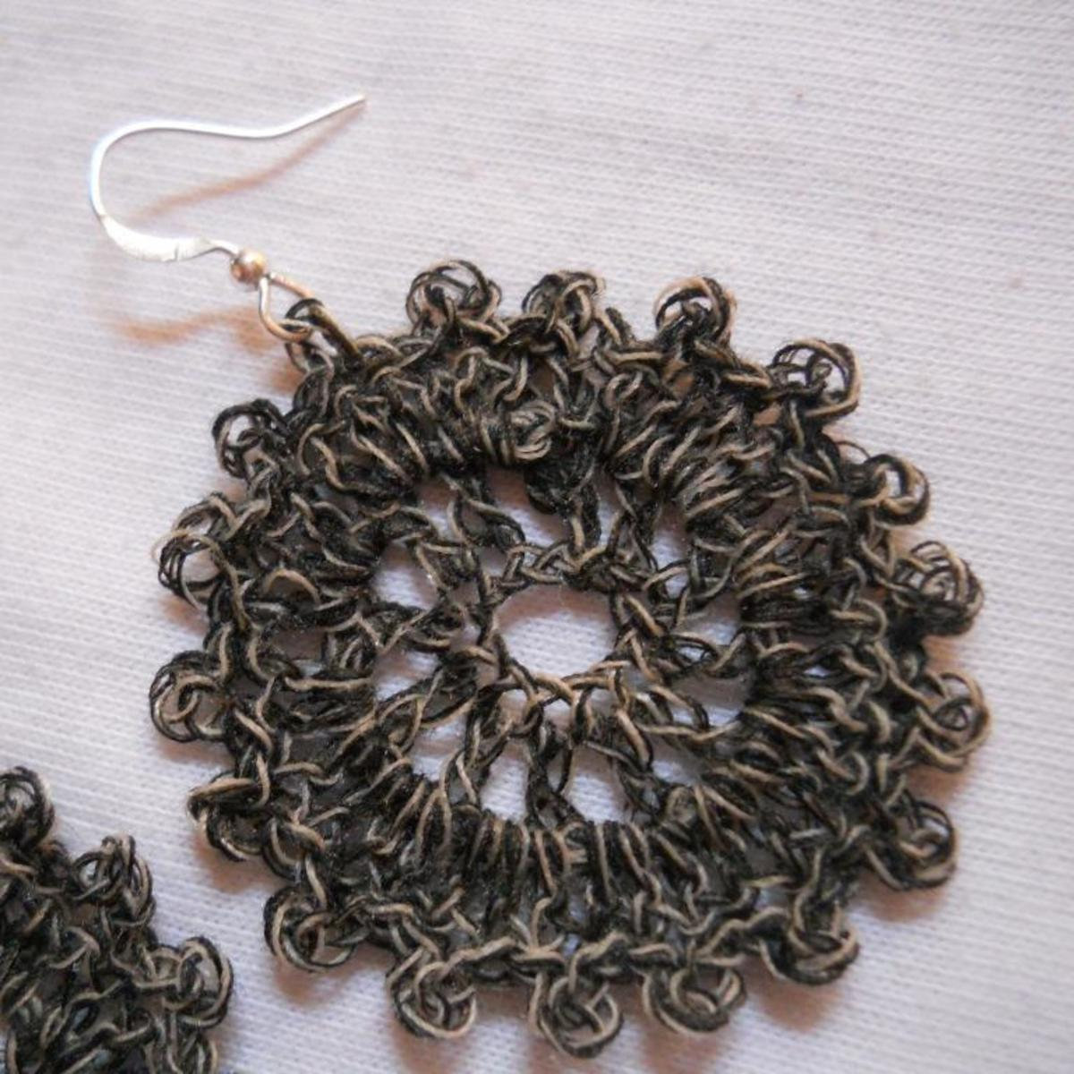 Crochet Circle Earrings #1