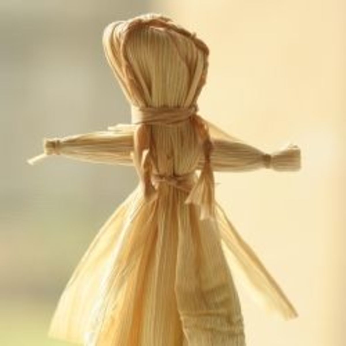 How to Make a Corn Husk Doll - An Old Time Craft