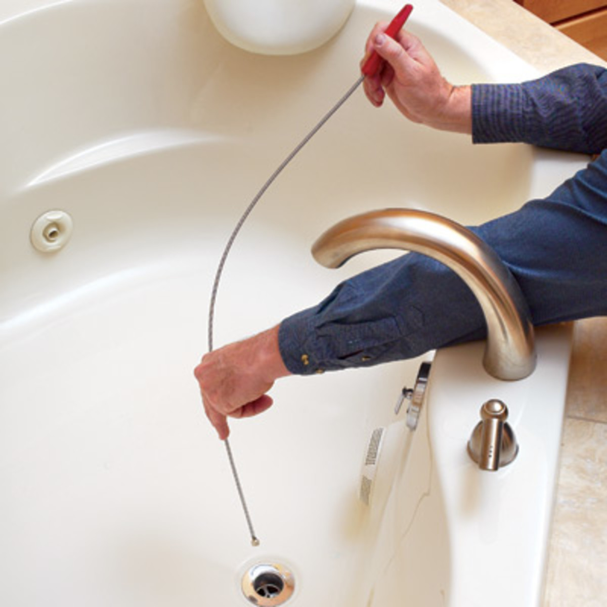 how to stop a squeak y pipe behind a wall water leaks and other plumbing tips hubpages. Black Bedroom Furniture Sets. Home Design Ideas