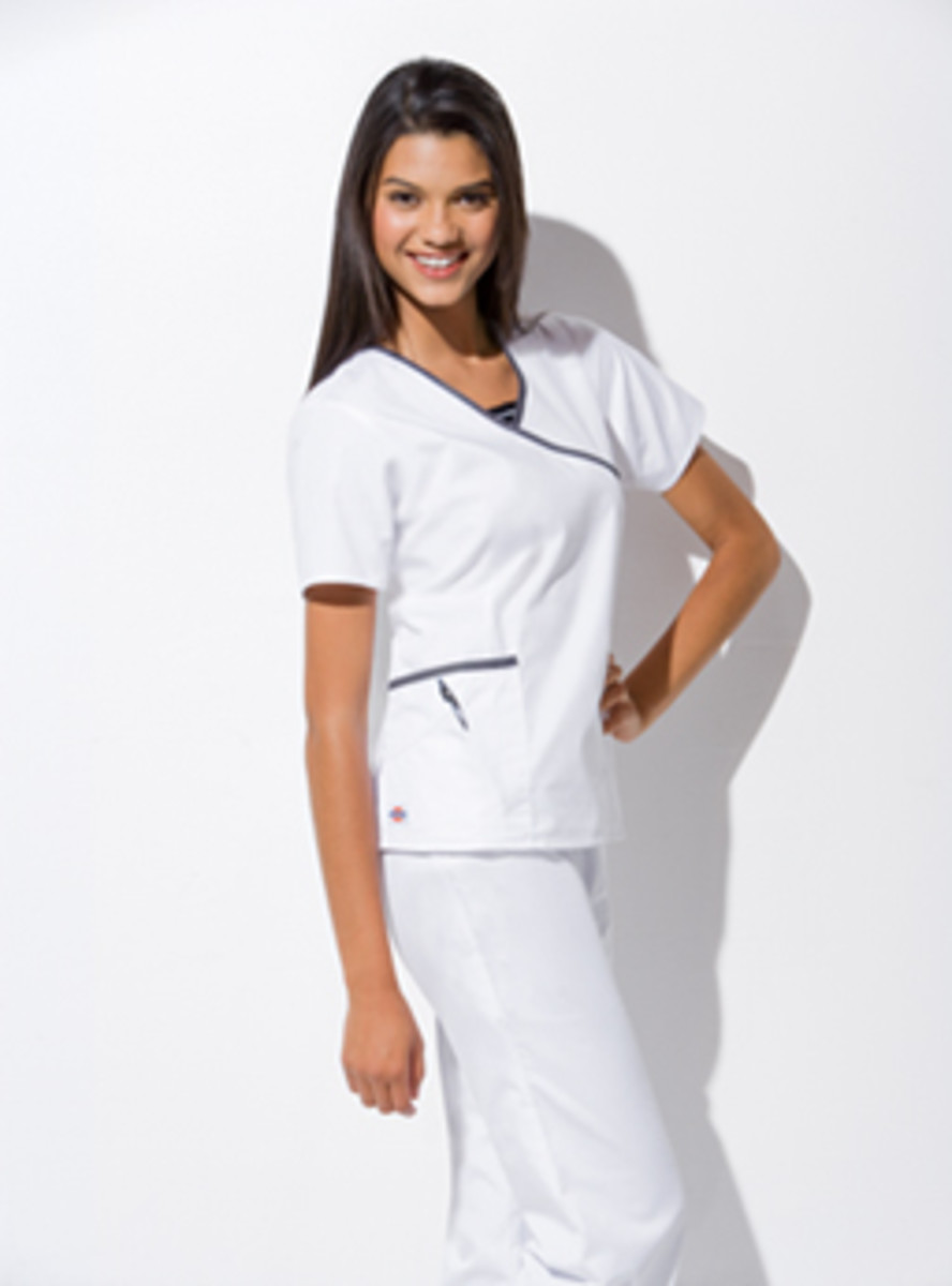 Hip-Flip 3-Pocket Mock Wrap Nurses Top