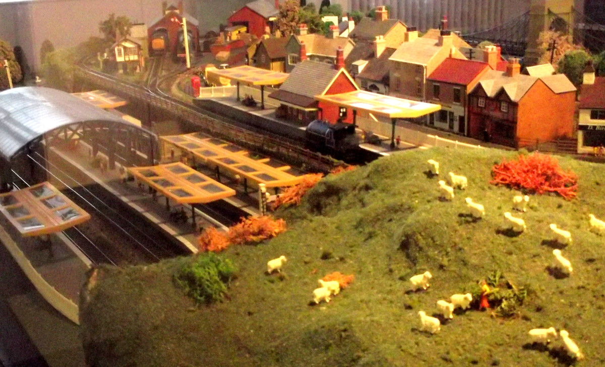 Toy Railway Buildings