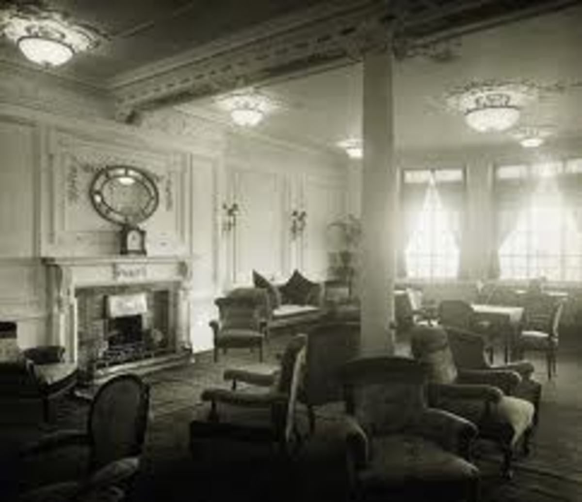 An elegant interior scene in the Titanic.