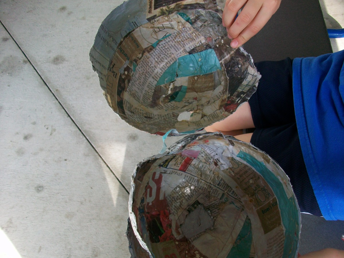 This is what papier-mâché looks like on the inside after it's been broken.