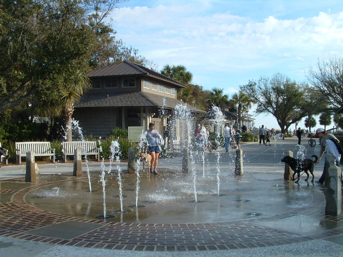 Coligny Beach Park is across the street from Coligny Plaza and has benches, rocking chairs and wooden swings, many with views overlooking the ocean.