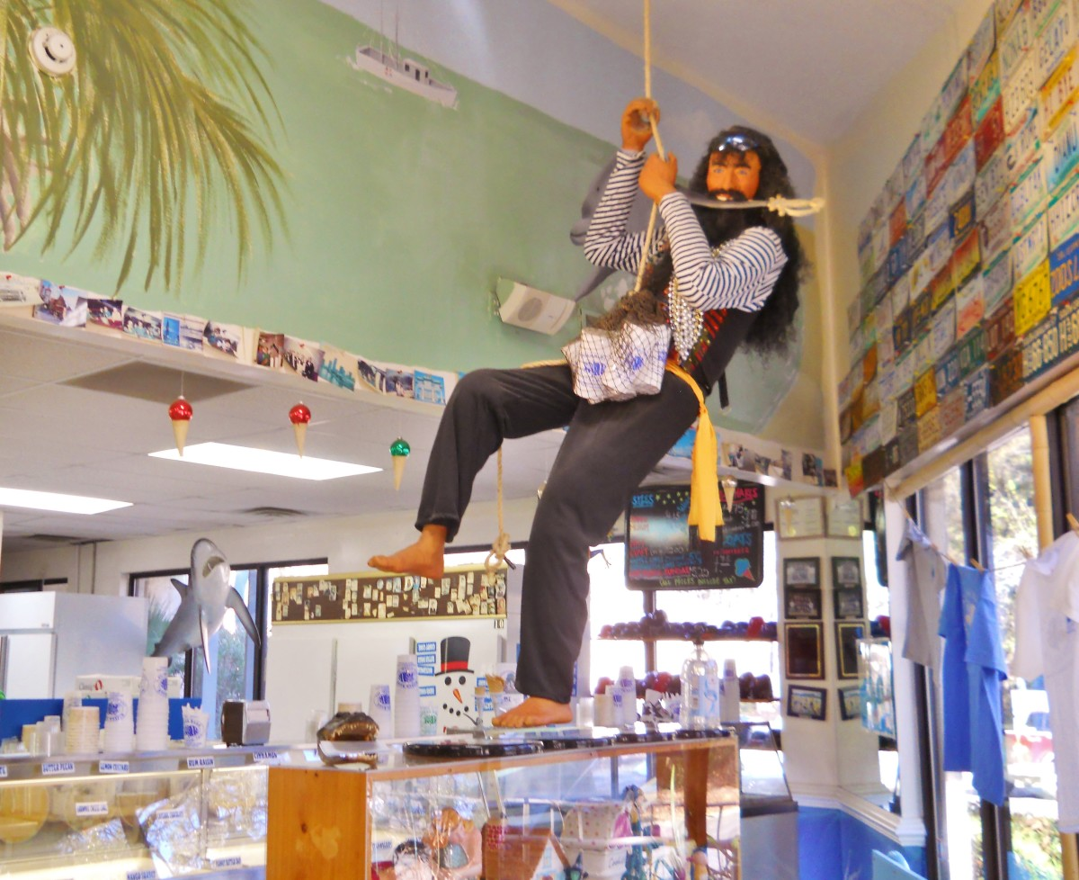 The decor is fun and eclectic with a life size pirate and pirate coconout heads hanging from the ceiling.