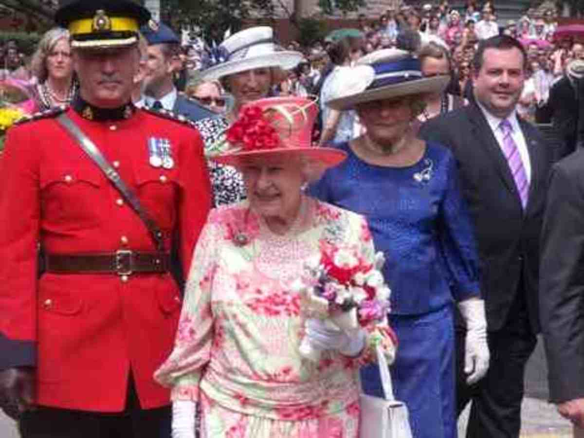 The Queen meeting the public.