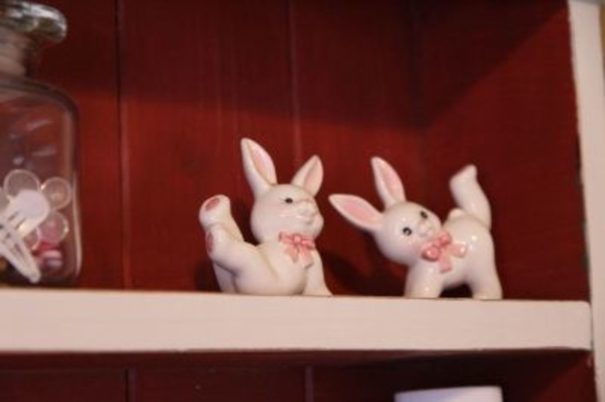 Ceramic bunnies from my husbands' childhood - so sweet!