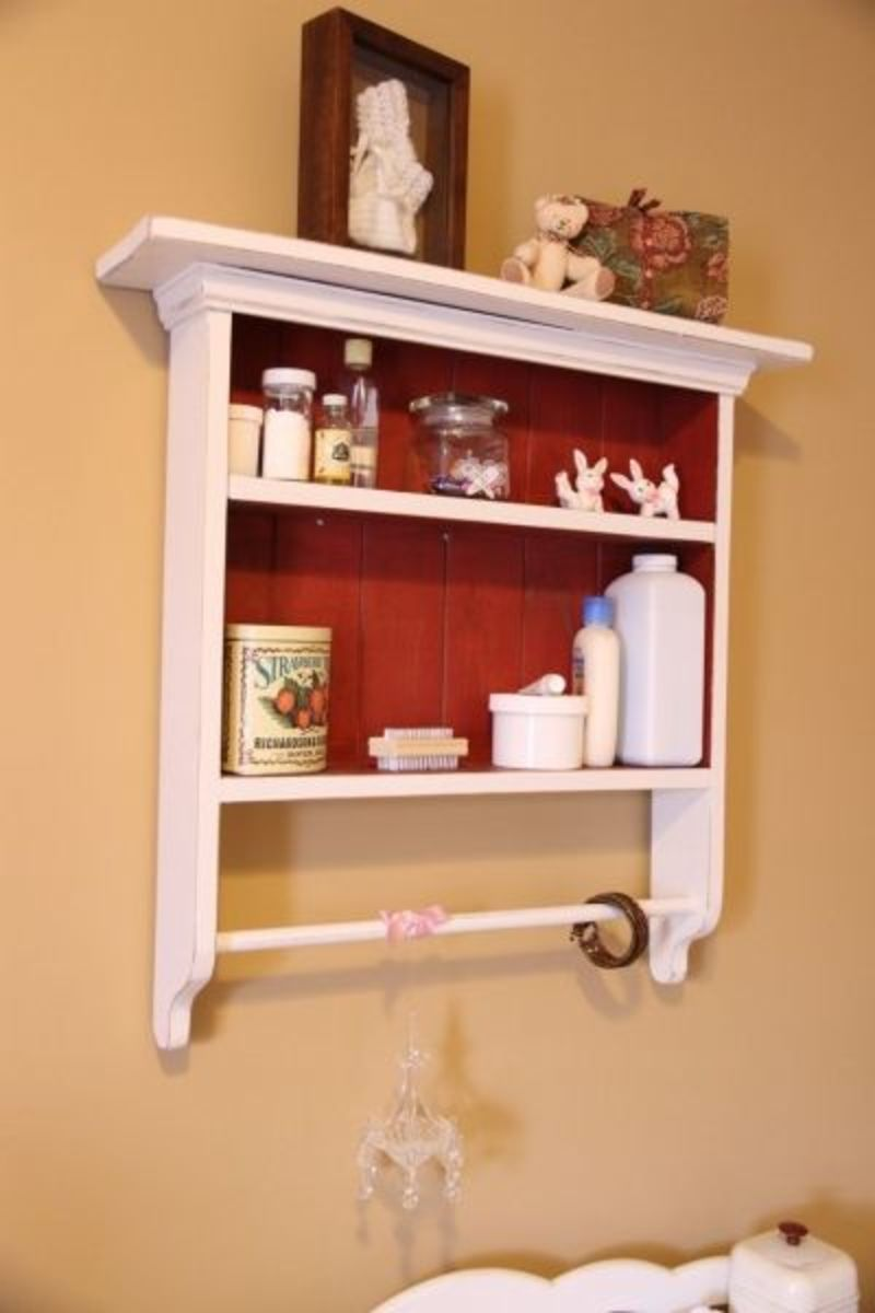 A new coat of paint is all this shelf needed!