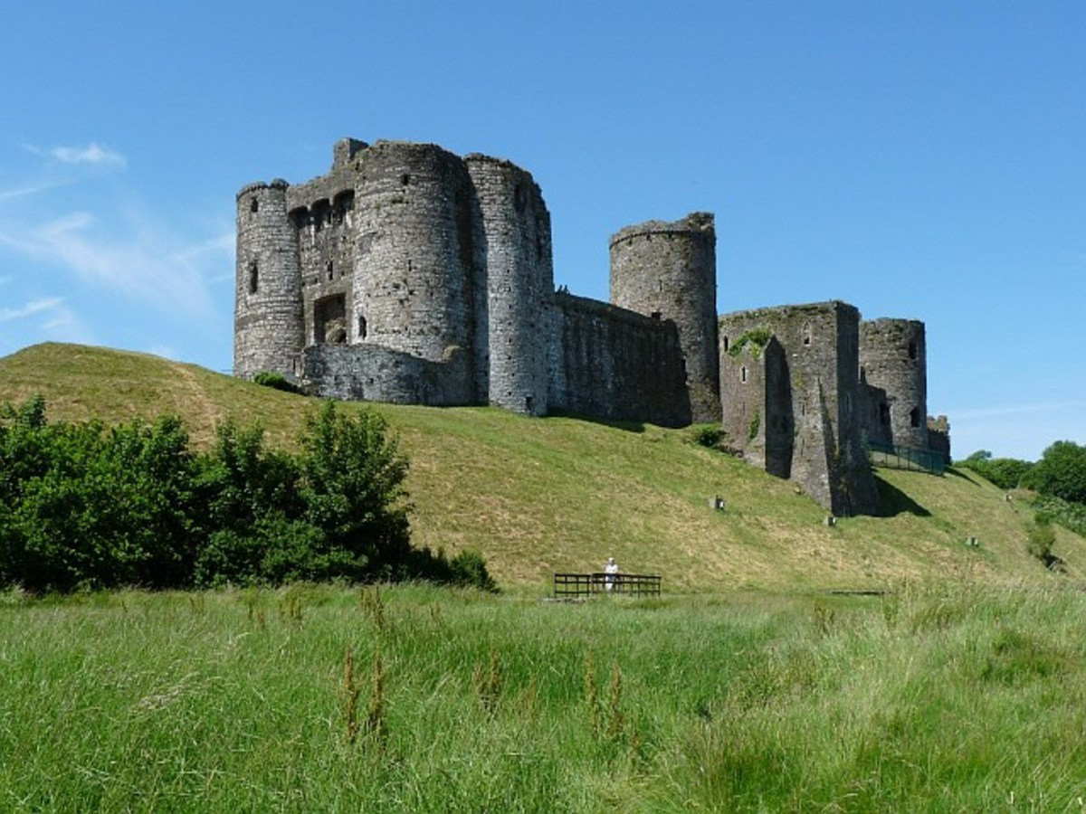 Construction began in 1115 AD and medieval additions included the crusade-style round outer defense wall.