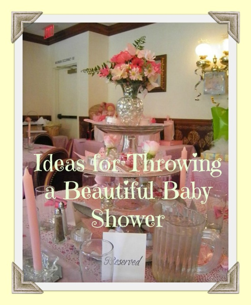 The mom-to-be's special table setting at her pink and star inspired baby themed shower. Tips and ideas on how to throw a beautiful baby shower.