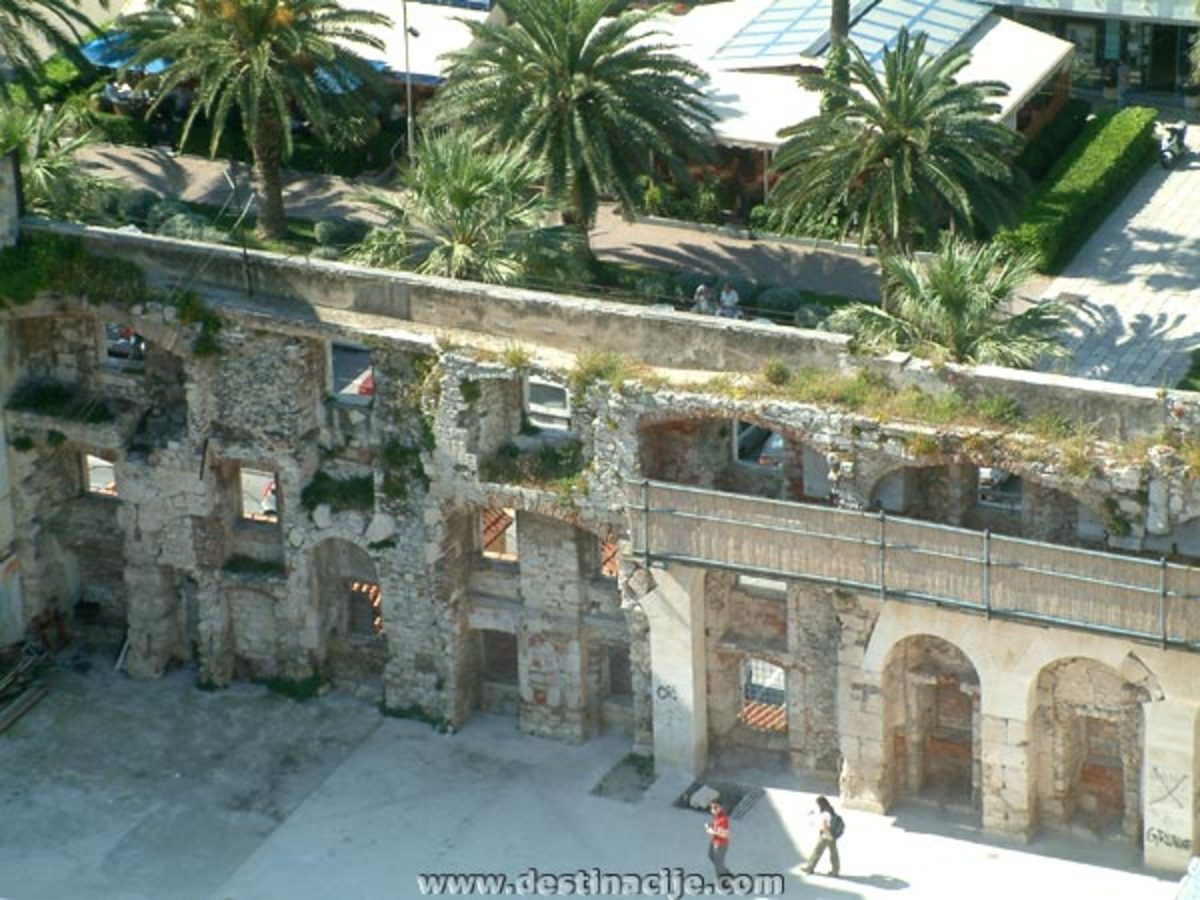 Partially in ruins, the upper walkway was used by the Diocletian himself as he looked out to the sea and the nearby islands.  It was a covered walkway with 42 windows facing the Adriatic Sea.