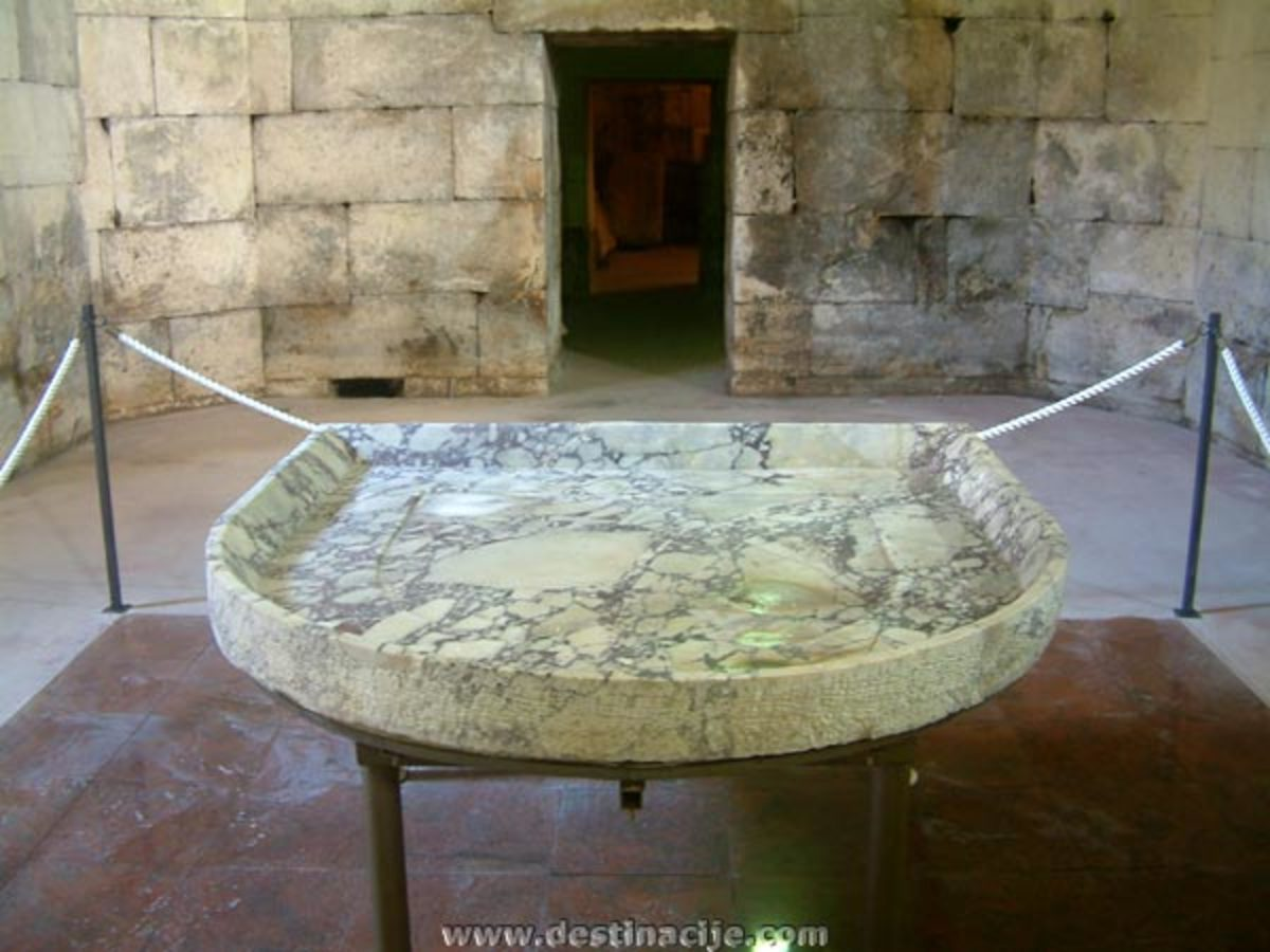 The Diocletian's serving platter was once displayed in the substructure of the Palace, but now it is shown in the City Museum.