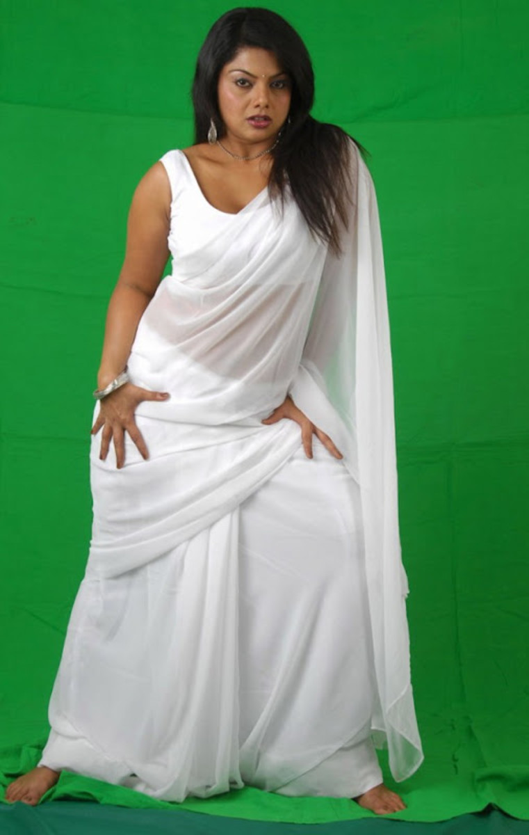 Swathi gyrating her figure