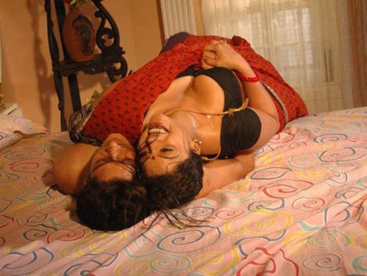 Swathi crushing a guy under her