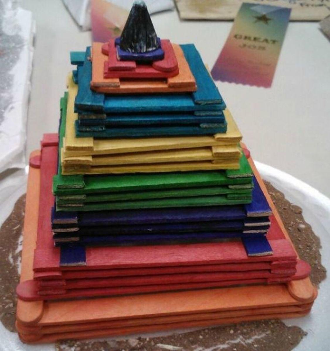 3d pyramid model
