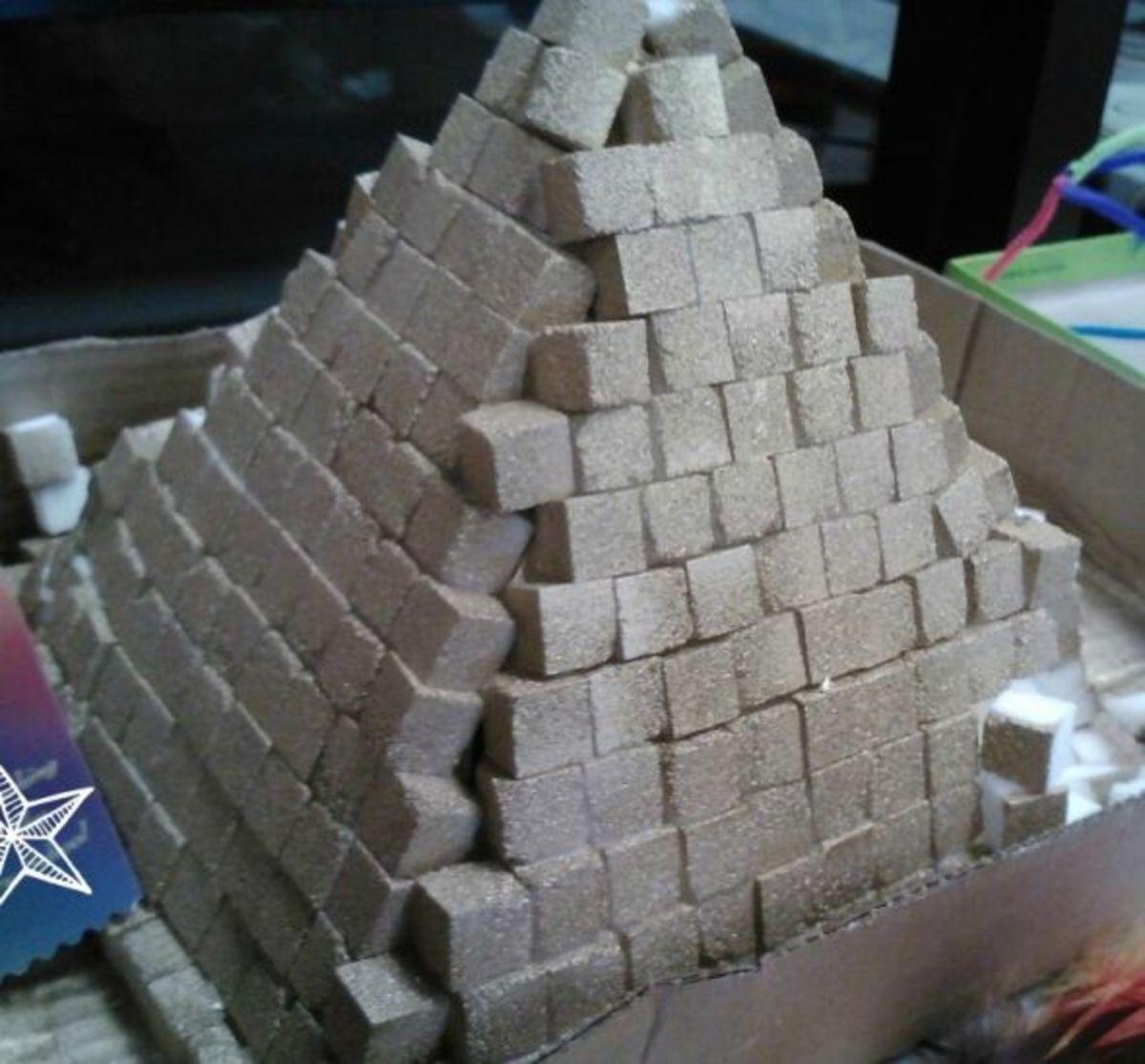 Glitter 3d pyramid