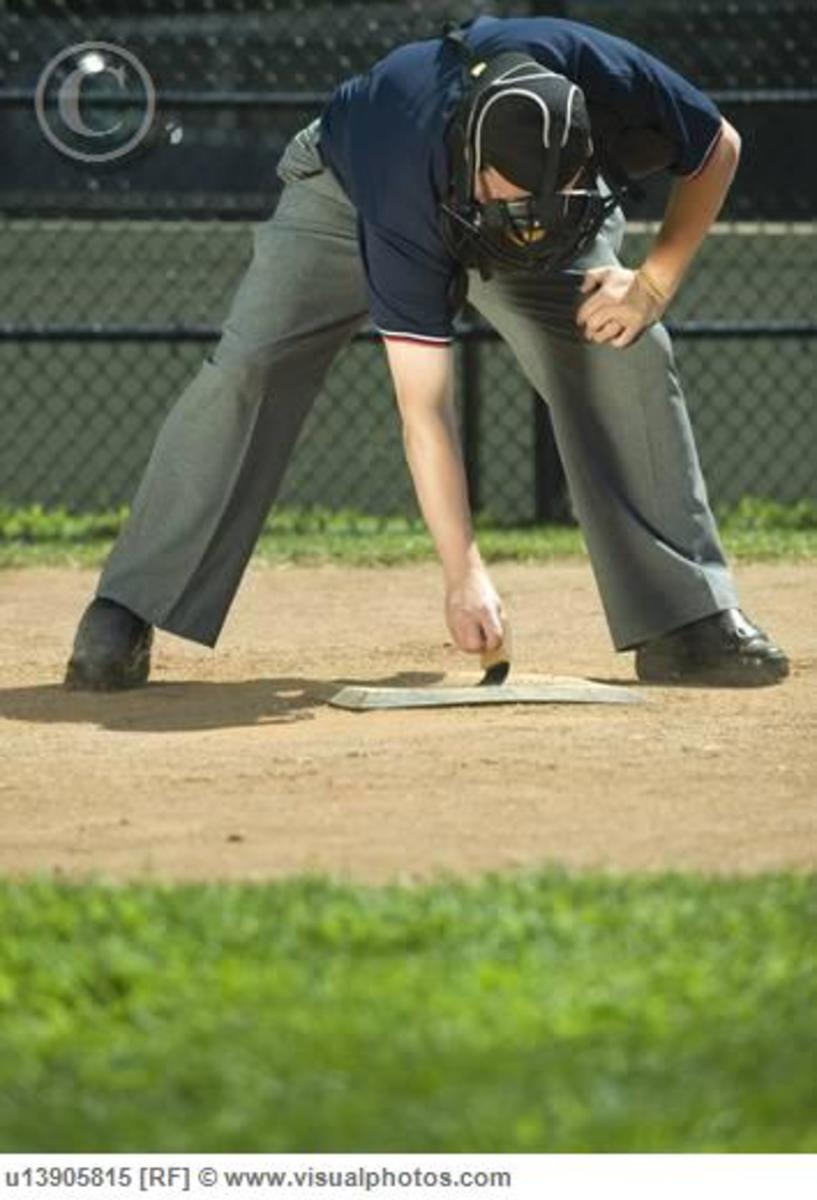 how to become a softball umpire