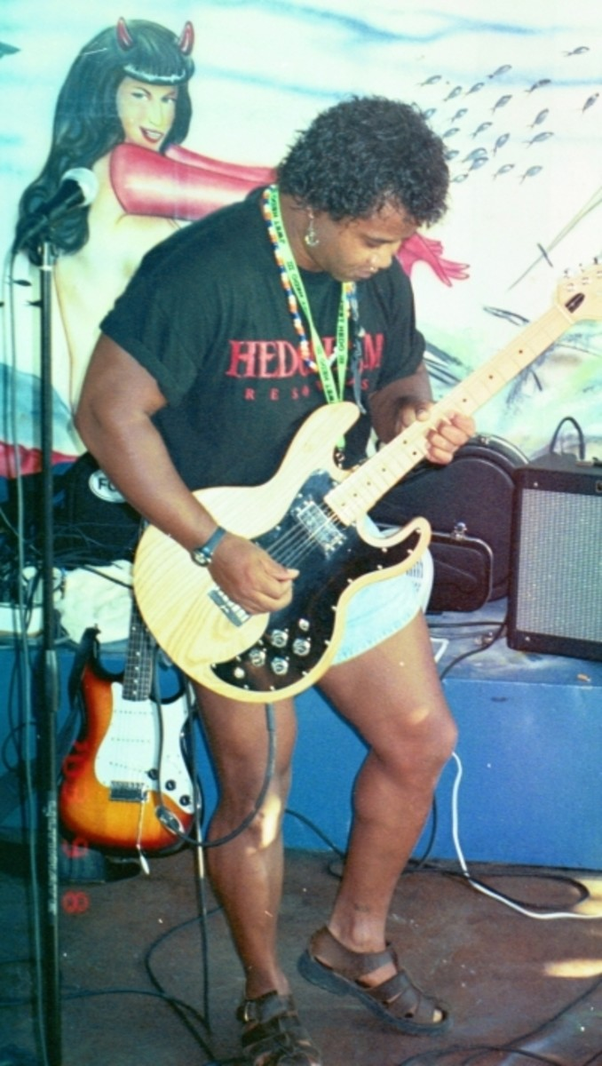 Eric - The Hedo Bluesman