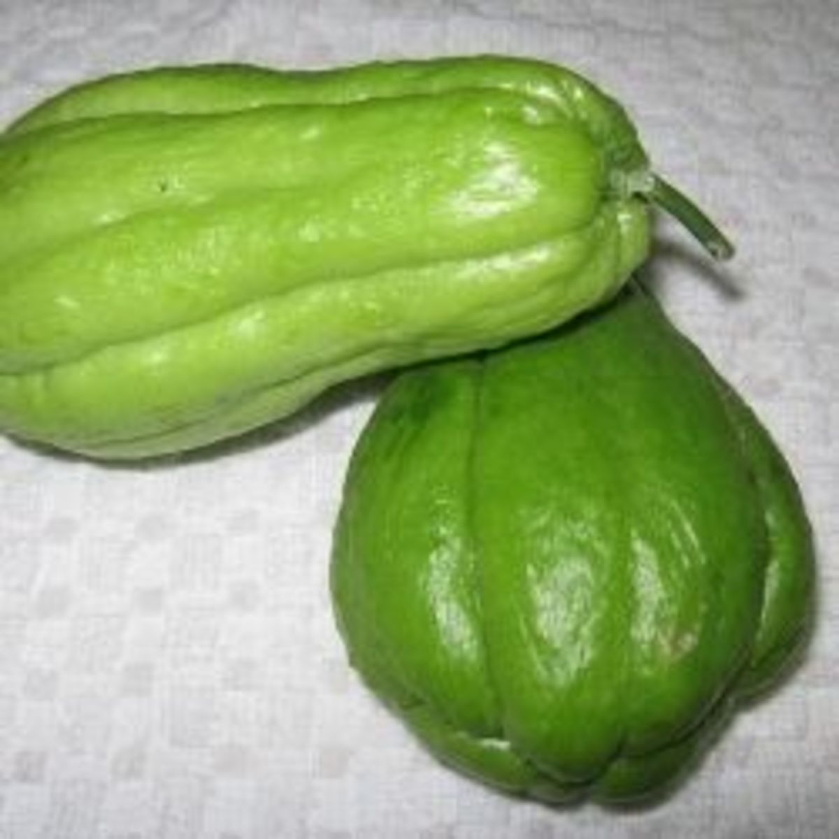 Chayote Health Benefits & Recipes