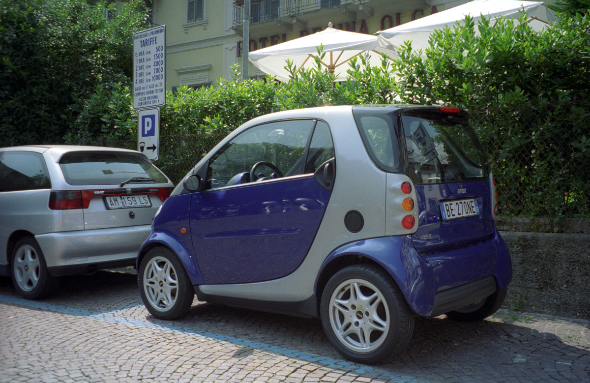car hire is advisable to make the most of your trip to Lecce.