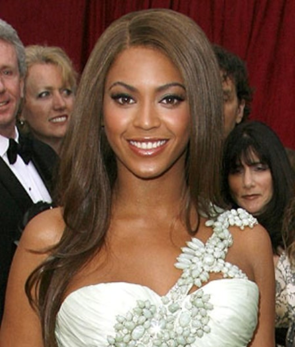 Long, Medium Ash Brown Hair on Beyonce